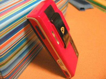 Sony Ericsson K800i Ferrari Special Edition