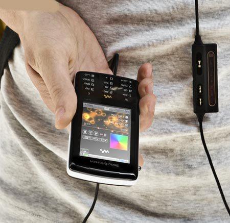 Sony Ericsson W960 pic 2
