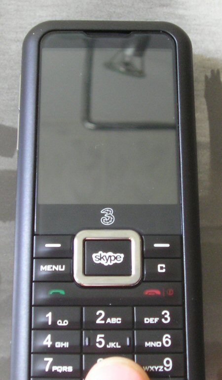 3skypephone up close and personal