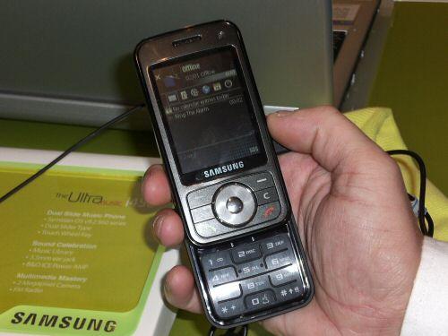 Samsung i450 front