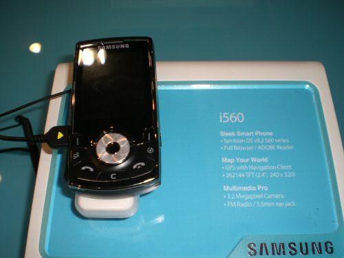 Samsung i560 front
