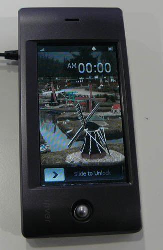 iRiver GSM phone pic 1