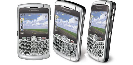 Blackberry 8310 Curve: with free TomTom Sat Nav from Orange