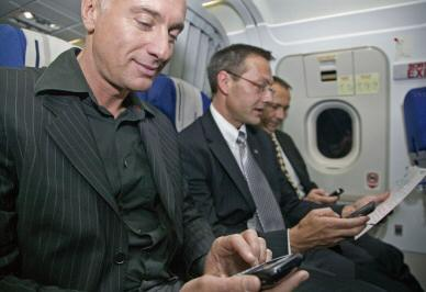 74 percent of Americans prefer in-flight data not phone calls Survey is pointless