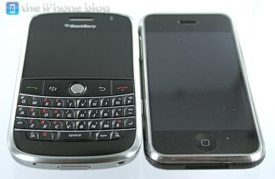 iphone-vs-blackberry-bold-