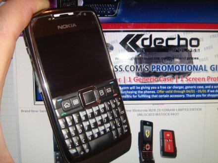 Nokia E71 main