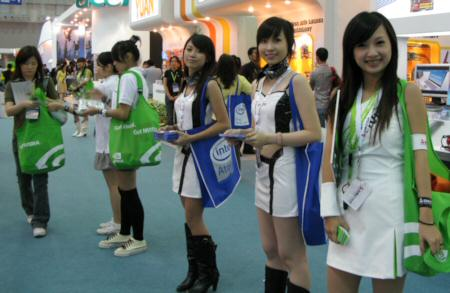 computex sexy babes pic 2