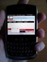 T-Mobile BlackBerry Curve 8900 gets in-depth review and pictured