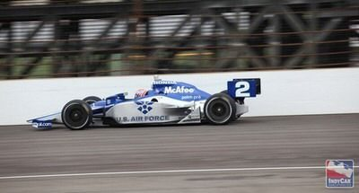 Palm Pre spotted on Indy Car: Advert Heaven