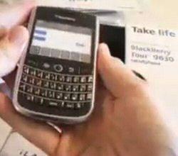 Video: BlackBerry Tour 9630 Bell Promo Kit