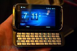 HTC Tilt 2 with AT&T gets handled and pictured