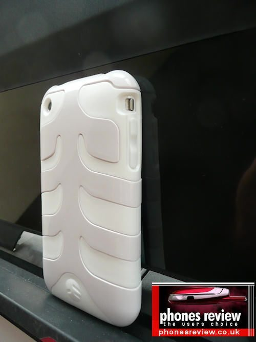 hands-on-review-switcheasy-capsule-rebel-case-for-iphone-3gs-3g-pic-24
