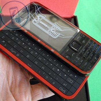 Nokia 5730 XpressMusic gets Unboxed and Pictured