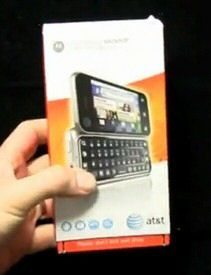 Video: AT&T Motorola Backflip Unboxed and Handled