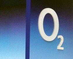 New O2 Apple iPhone tariffs including £25 a month plan