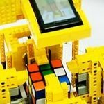 Motorola Droid Solves Rubik's Cube with Lego Robot Video