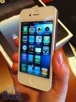 White iPhone 4 Delay Details Emerge