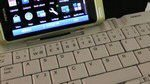 Nokia N8 Playing Nice with Bluetooth Keyboard and Mouse: Video