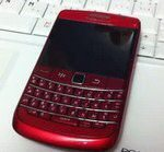 Raunchy Red BlackBerry Bold 9780 Captured on Video