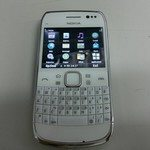Nokia E6-00 Poses for Pictures Captured on Video