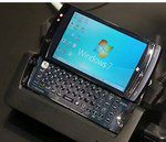 World's First ATOM Smartphone: Fujitsu Loox F-07C: Video