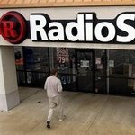 Verizon Smartphones At RadioShack 100 Bucks Less