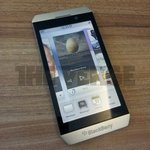 BlackBerry London is first BBX smartphone pictured