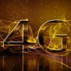 iPhone 5 or BlackBerry 10 smartphone for UK 4G first