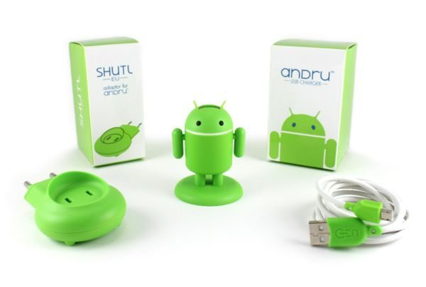 Andru Android Robot USB Phone Travel Charger is a neat idea