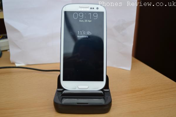 Samsung Galaxy Docking Station review, universal fit