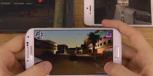 GTA-Vice-City-Gaame-on-smartphones
