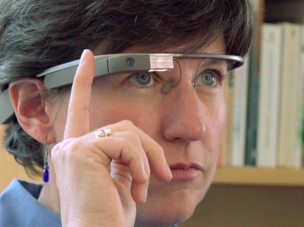 Google Glass gets UK movies ban