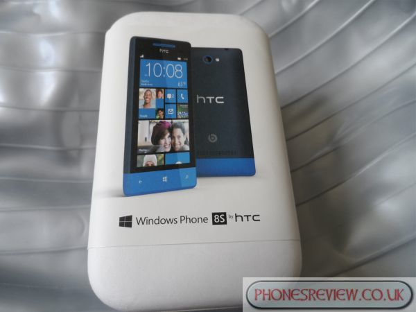 HTC Windows Phone 8S hands-on review is surprising pic 1