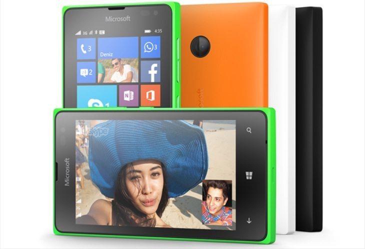 Microsoft Lumia 430 vs Lumia 435 b