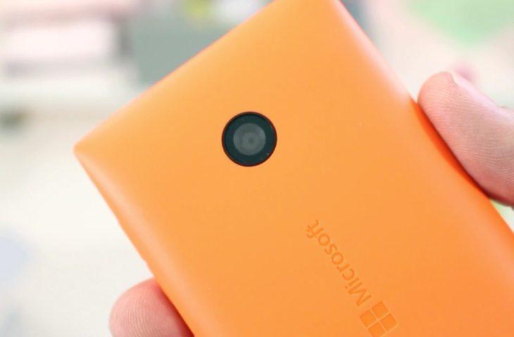 Microsoft Lumia 435 unboxing b