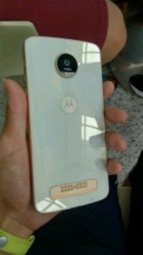 Moto Z Play Leaked Images Show Glass Back-Panel