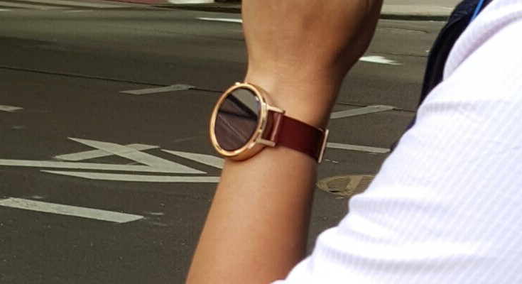 Moto 360 2 leak shows the new smartwatch in the wild
