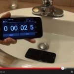 Motorola Moto G survives water treatment in review video