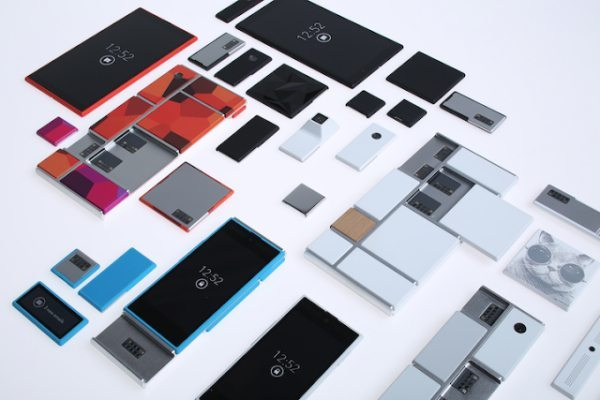 Motorola Project Ara superphone connection with Phonebloks