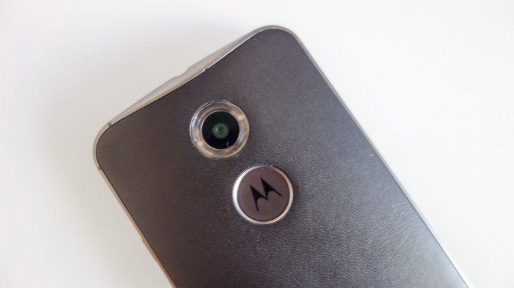 Nexus 6 vs Moto X (2014) b