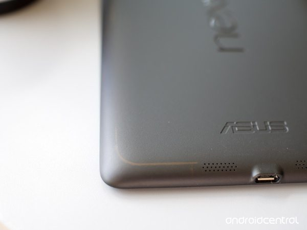 Nexus 7 official case can cause tarnishing