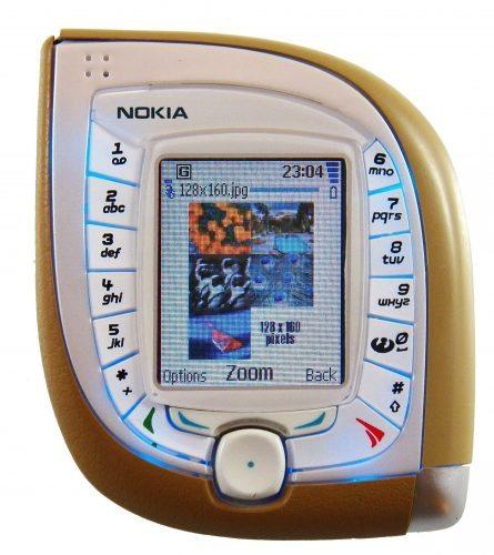 Nokia_7600