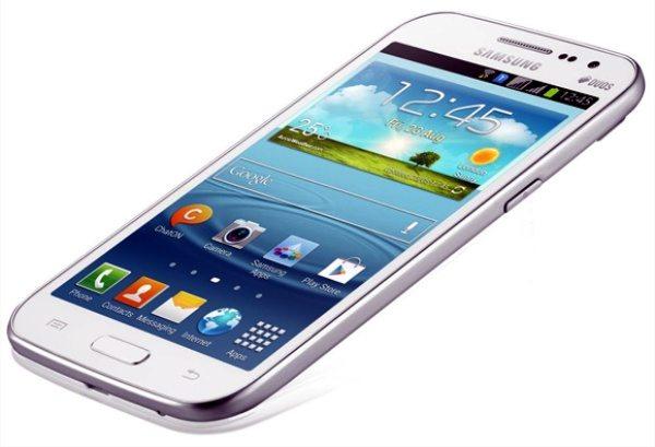 Samsung Galaxy Quattro vs Sony Xperia M Dual