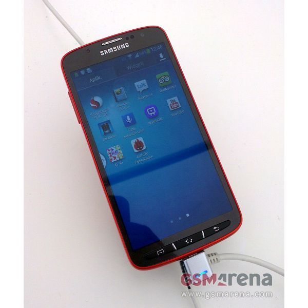 Samsung Galaxy S4 Active looks hot, CPU revealed