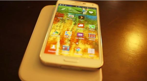 Samsung Galaxy S5 inductive charging achieved without new cover