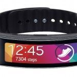 Samsung Gear Fit price slashed by half in offer