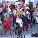 The Harlem Shake Dance craze via Android apps