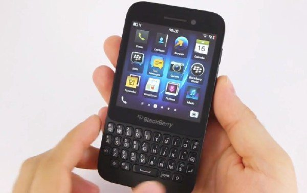 BlackBerry Q5 review explained in 4 videos