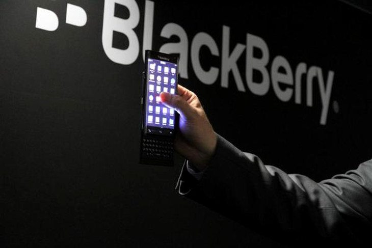 BlackBerry slider smartphone shown off at MWC 2015
