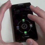 Close-up Droid RAZR & MAXX ICS update video
